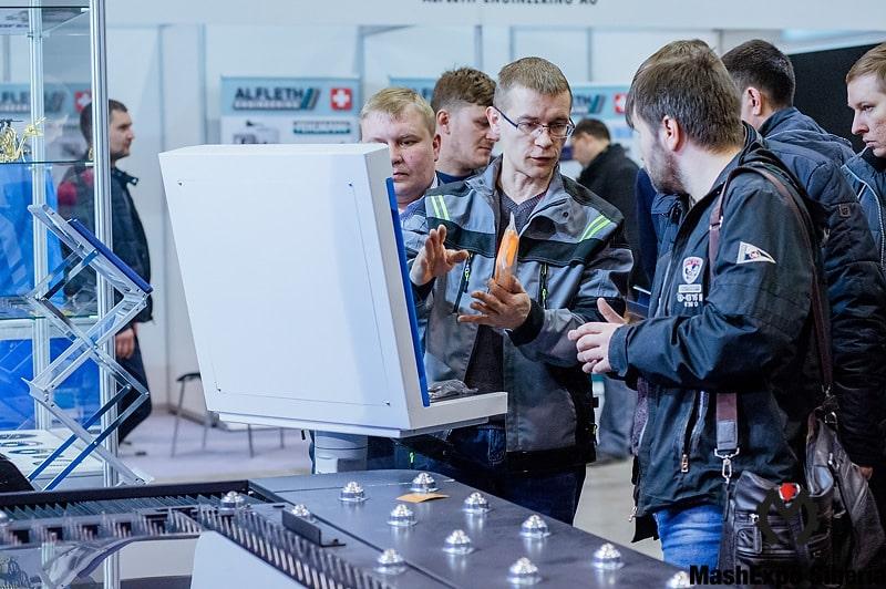 В Новосибирске прошла выставка MashExpo 2019 (9)-min